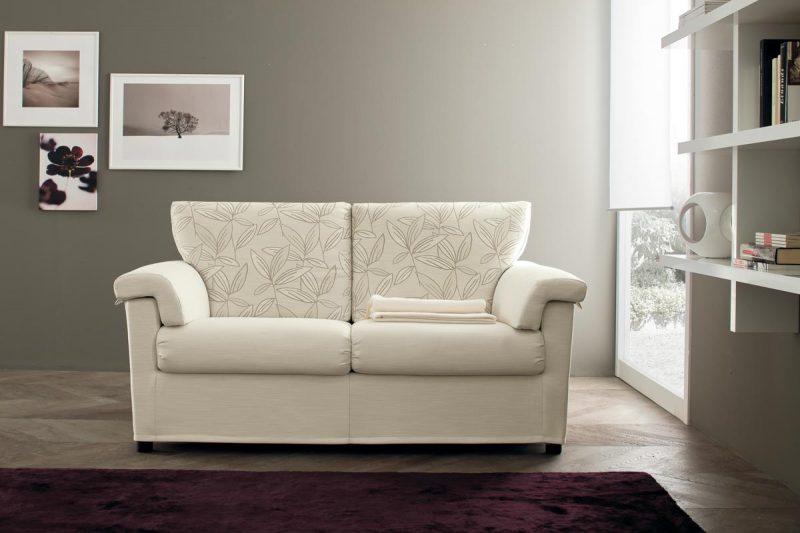 Divano con braccioli e poggiapiedi divano dodo rima - Divano con poggiapiedi ...